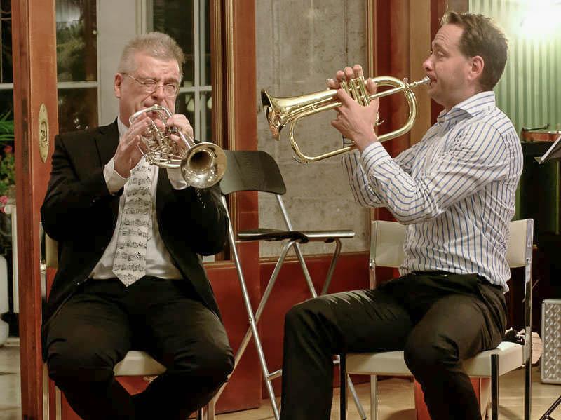 ...selbst die Trompeten versuchen sich an Kammermusik.